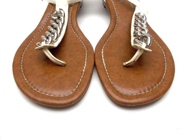 c6b9689c37b JESSICA SIMPSON Gandoli White T- Strap Thong Sandal Low Heel Womens 10 M Box