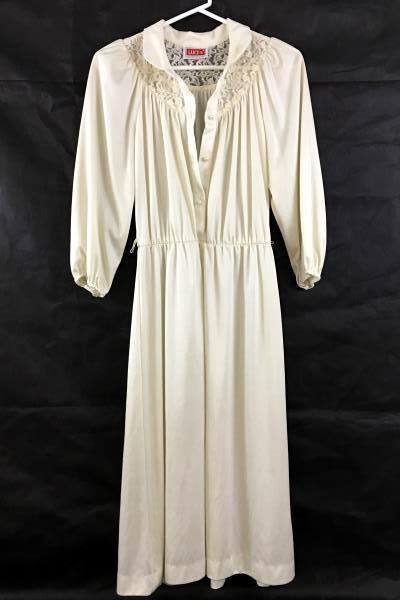 4074c34e9fea6 SwedeMom - Lot of 2 Women's Vintage Cream House Dress Lace Chipper ...