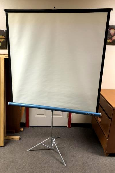 Vintage DA LITE Flyer Tripod Movie Projection Screen 50 X 50 Retractable