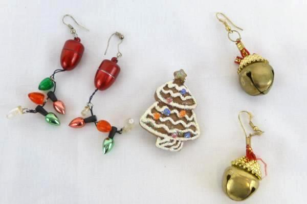 2d0029f3b Lot of 8 COSTUME EARRINGS Mixed Jewelry Silver Gold Tone Gaudy Chunky 90s