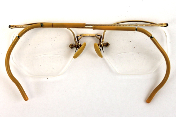 Vintage Eyeglasses Spectacles Glasses w/ Horn Rimmed Ear ...