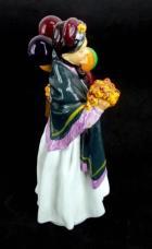 ROYAL DOULTON 9 Figurine Street Vendors HN 1843 Balloons  Biddy Pennyfarthing