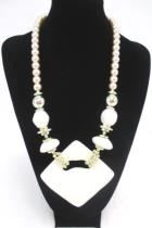 Vintage 1980s Chunky Retro Beaded Necklace Fashion Jewelry White Opalescent