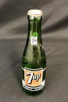 Vintage 1950s Full Bottle 7UP 7 fl oz Green Glass Bottle