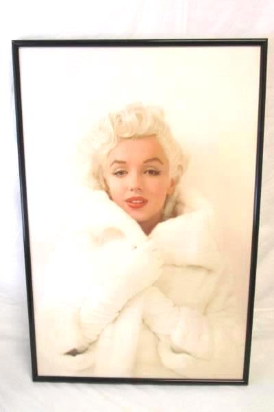 FRAMED Marilyn Monroe Pink with Red Lips 36x24 Art Print Poster Photograph